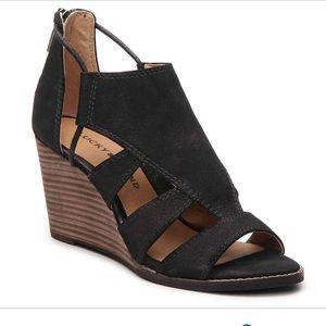 Lucky Brand Joellen Black Leather Wedge Sandal 9